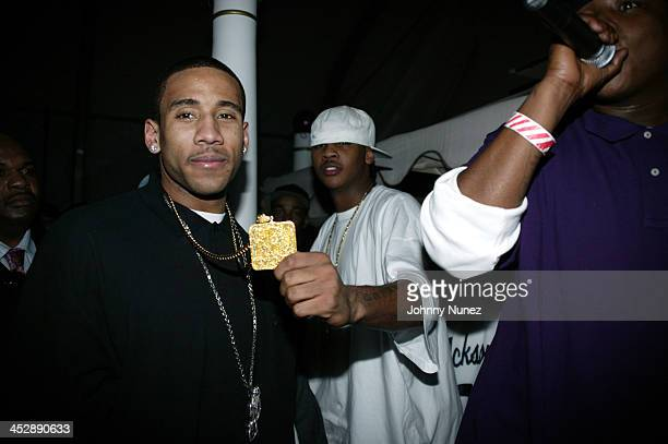 Dahntay Jones of the Memphis Grizzlies Carmelo Anthony and Jadakiss