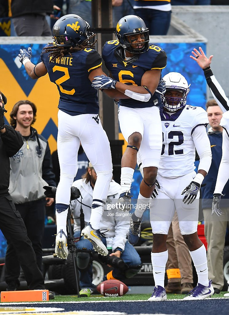 TCU v West Virginia : News Photo