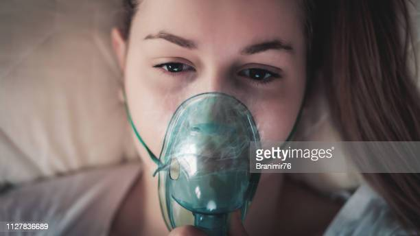 daily asthma care - patient on ventilator stock pictures, royalty-free photos & images