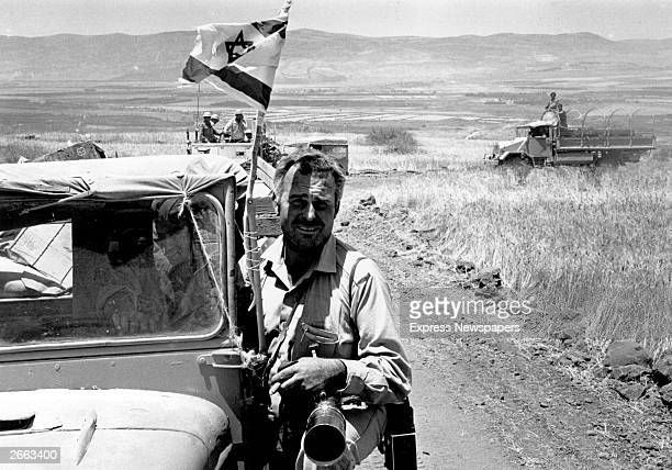 Daily Express photographer Terry Fincher covers the Six Day War in Syria Original Publication People Disc HD0506