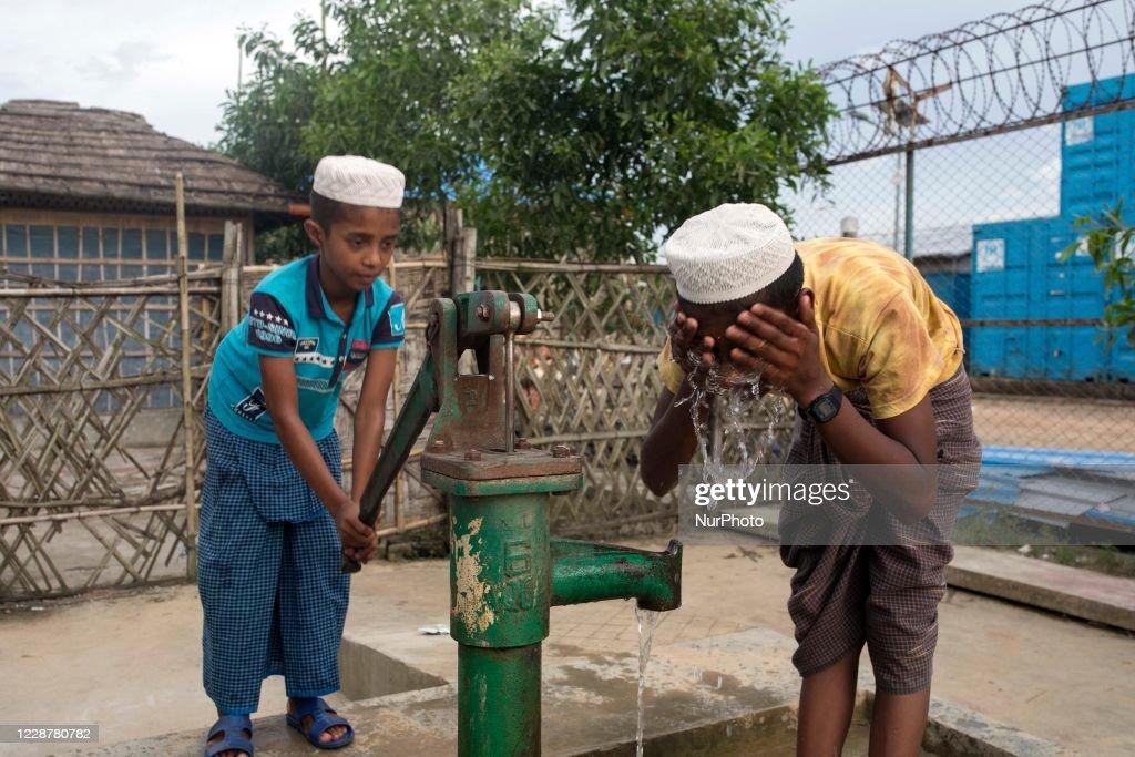 COVID-19 Coronavirus Emergency In Rohingya Camp : News Photo