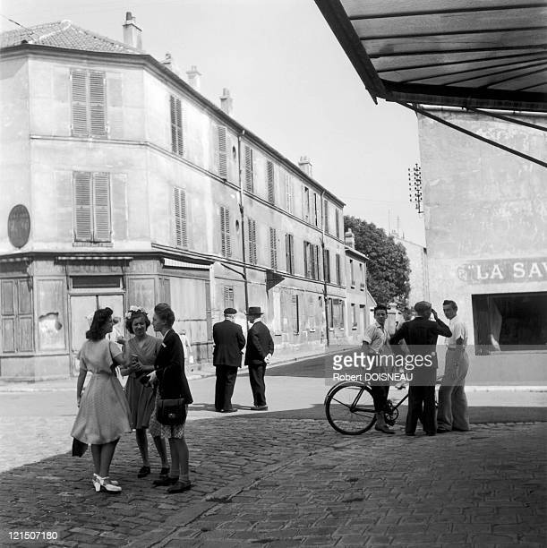 Daily Life In Arcueil, In The Suburbs Of Paris, 1945