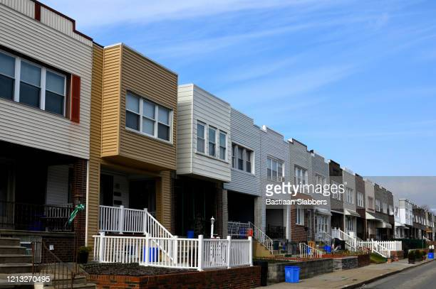 daily life in the bridgeburg neighborhood of philadelphia, pa - basslabbers, bastiaan slabbers stock pictures, royalty-free photos & images