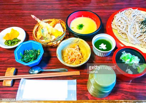 daily personal perspective view, buckwheat soba noodle lunch meal served on table - 天ぷら ストックフォトと画像