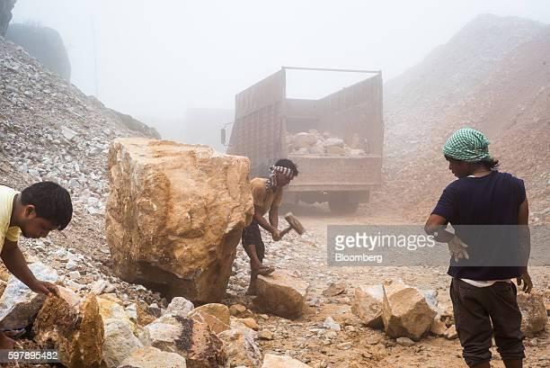 Quarry Mining For Limestone As India Seeks 15 Billion