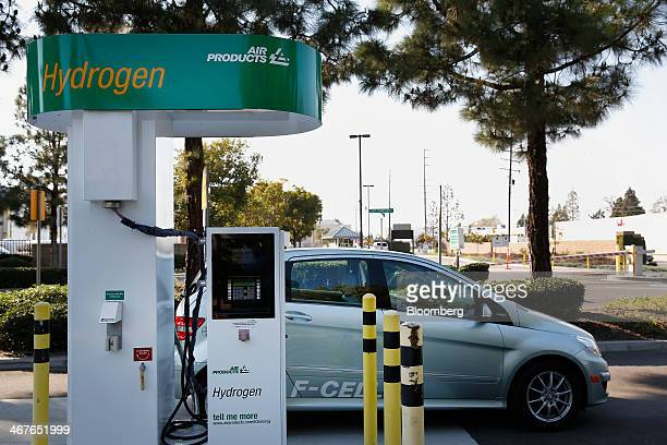 A Daimler AG MercedesBenz FCell vehicle is fueled at a public hydrogen pumping station outside the Orange County Sanitation District wastetreatment...