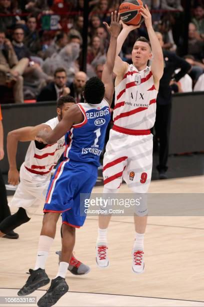 Dairis Bertans #9 of AX Armani Exchange Olimpia Milan in action during the 2018/2019 Turkish Airlines EuroLeague Regular Season Round 5 game between...