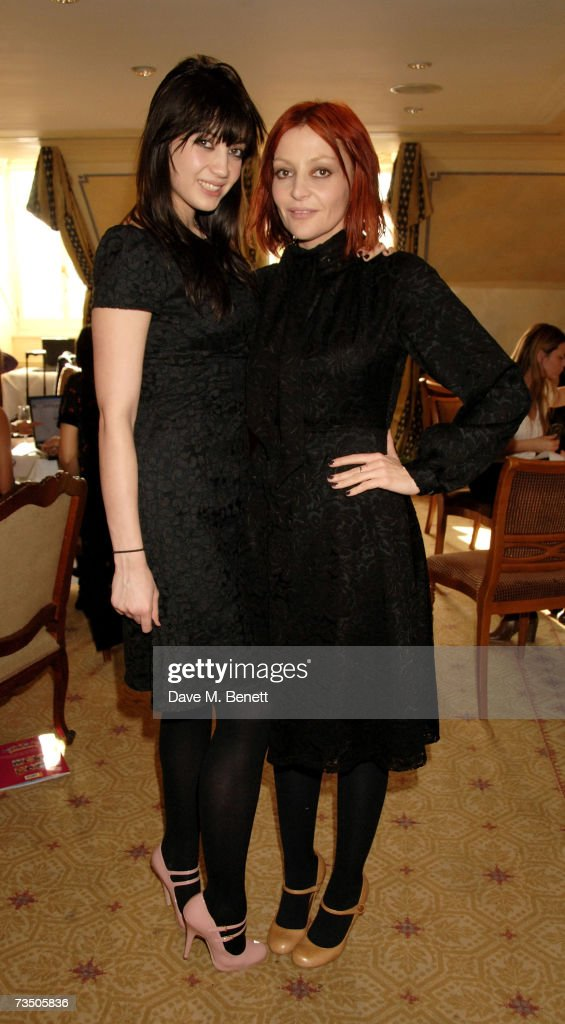 Daisy and Pearl Lowe attend the DoorOne.co.uk Pamper Party hosted by Pearl and Daisy Lowe, at Claridges on March 6, 2007 in London, England.