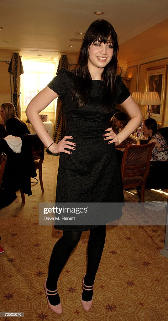 Daisy Lowe attends the DoorOne.co.uk Pamper Party hosted by Pearl and Daisy Lowe, at Claridges on March 6, 2007 in London, England.