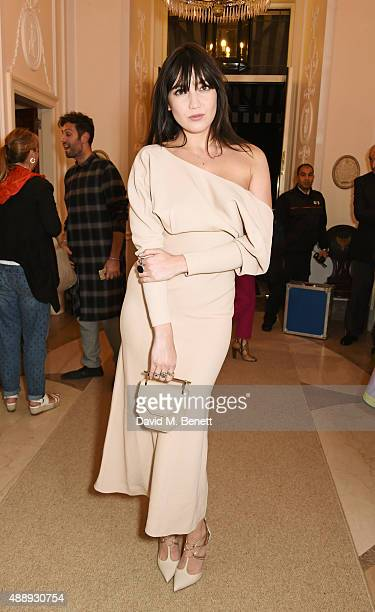 Daisy Lowe attends the London Fashion Week party hosted by Ambassador Matthew Barzun and Mrs Brooke Brown Barzun with Alexandra Shulman in...