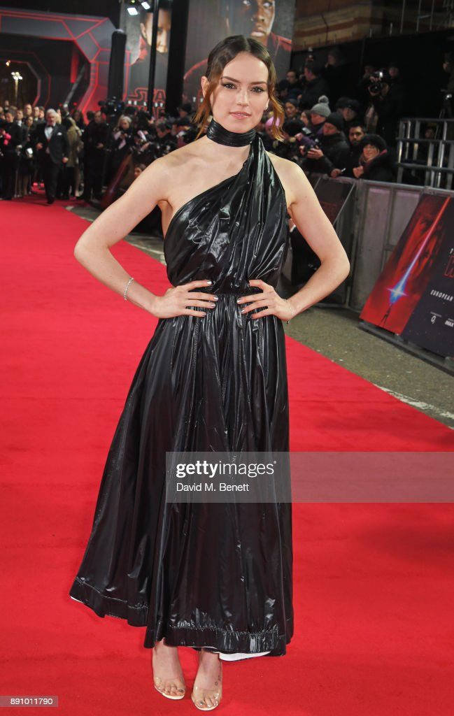 Daisy Ridley attends the European Premiere of 'Star Wars: The Last Jedi' at the Royal Albert Hall on December 12, 2017 in London, England.