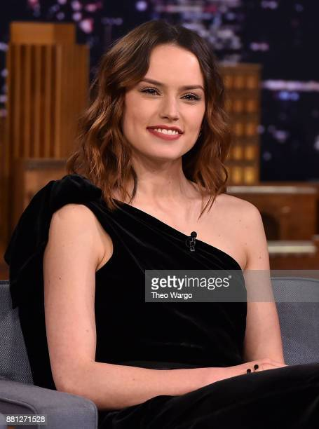 "Daisy Ridley Visits ""The Tonight Show Starring Jimmy Fallon"" at Rockefeller Center on November 28, 2017 in New York City."
