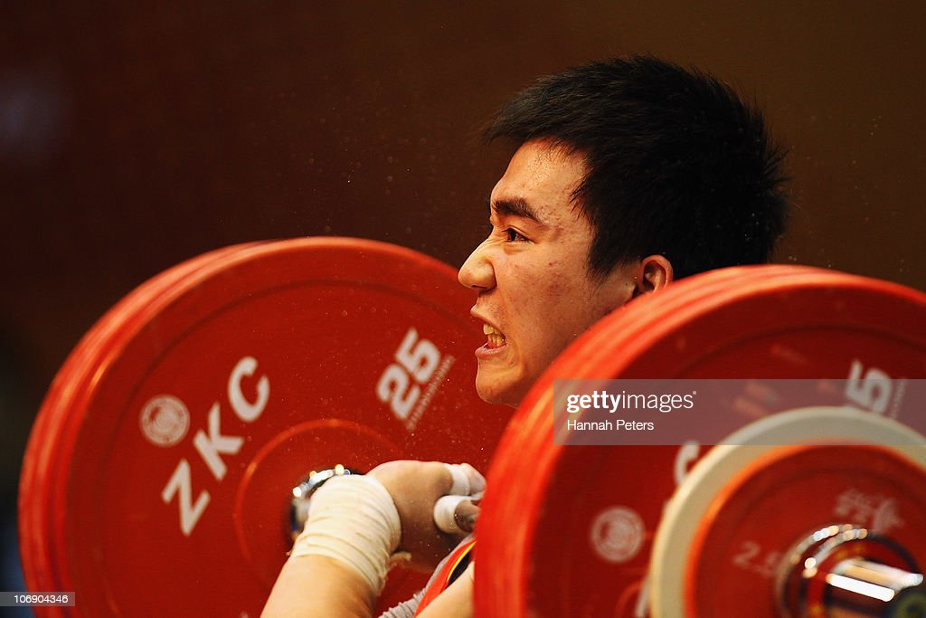 Dajin Su of China competes in the Men's Weightlifting 77kg competition during day four of the 16th Asian Games Guangzhou 2010 at Dongguan Gymnasium on November 16, 2010 in Guangzhou, China.