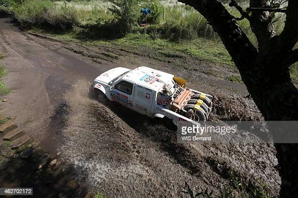 Dakar 2015 race the team of the Heart for cardiac surgery with the family Morel and MD Rallye the Nissan 4x4 of Yves Tartarin and Stephane Duple in...