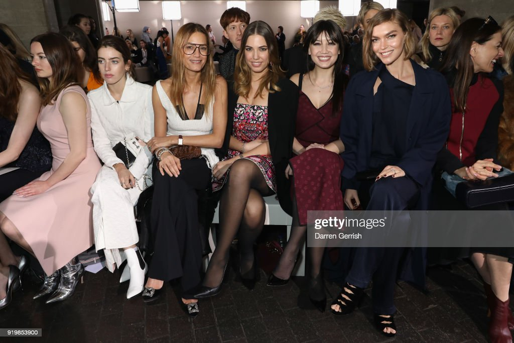 Roland Mouret - Front Row - LFW February 2018