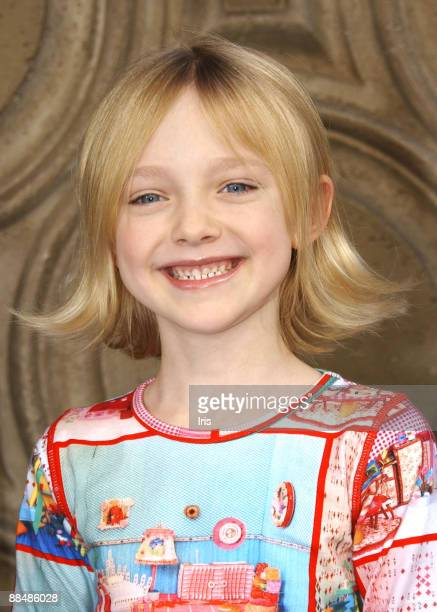 The Changing Style Of Dakota Fanning Pictures Gallery Getty Images