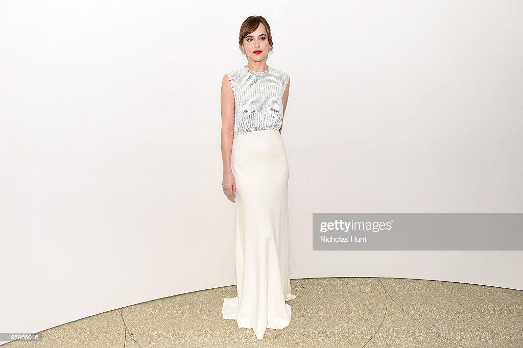 Dakota Johnson attends the 2015 Guggenheim International Gala Dinner made possible by Dior at Solomon R. Guggenheim Museum on November 5, 2015 in New York City.