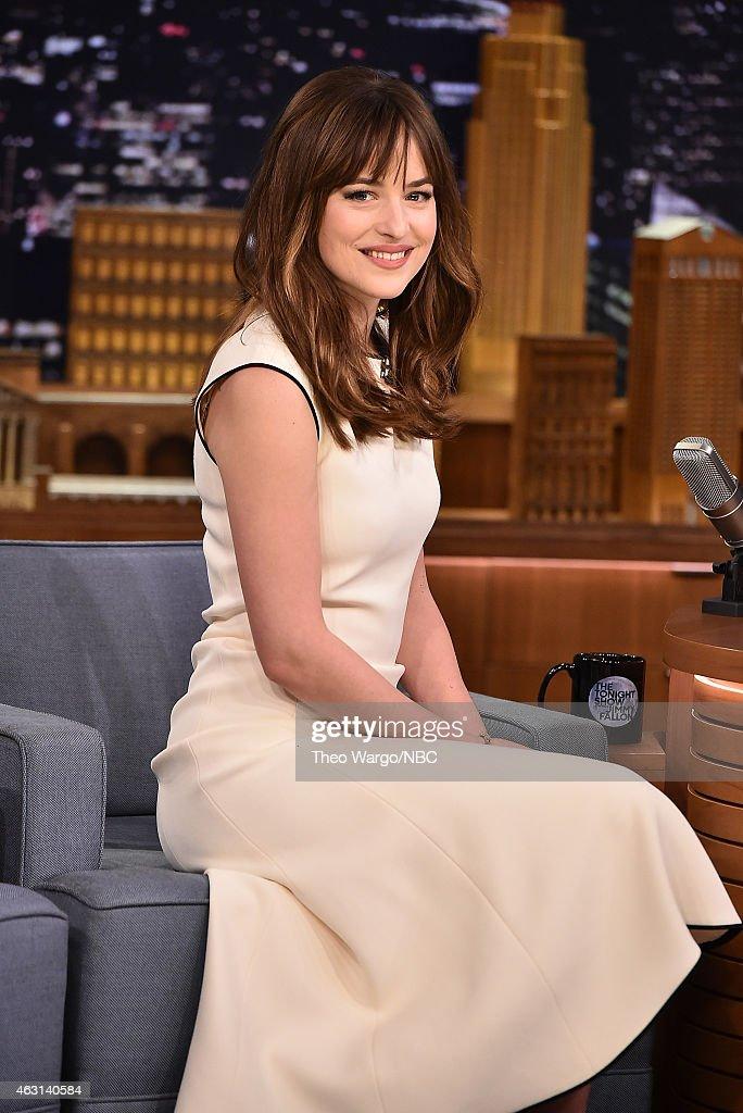 Dakota Johnson Visits 'The Tonight Show Starring Jimmy Fallon' : News Photo