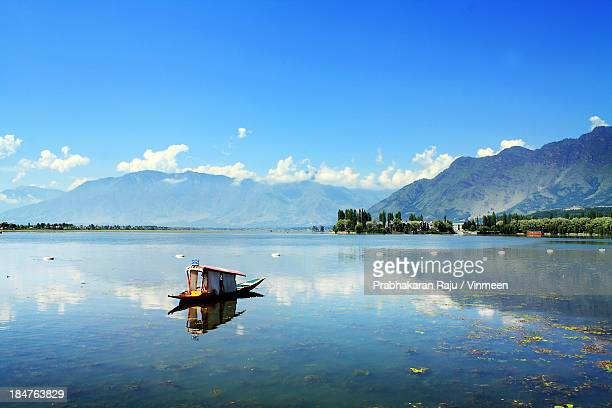 dal lake - kashmir stock photos and pictures