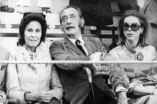 Dalí Salvadore *Maler E mit Ehefrau Gala als Zuschauer beim Stierkampf 1971