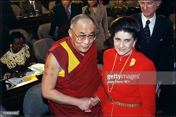 Dalai-Lama and Leah Rabin at 50th anniversary of human rights declaration In France On December 08, 1998 -