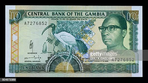 10 dalasis banknote 19901999 obverse depicting an ibis and Dawda Kairaba Jawara Gambia 20th century