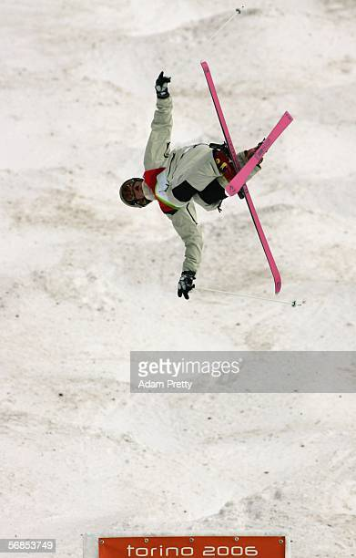 Dale BeggSmith of Australia competes in the Mens Freestyle Skiing Moguls Qualifying on Day 5 of the 2006 Turin Winter Olympic Games on February 15...