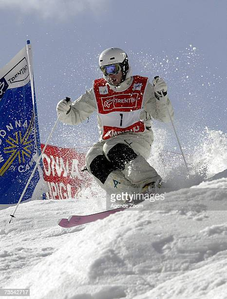Dale BeggSmith of Australia takes the Gold Medal during the FIS Freestyle World Championships Men's Dual Moguls event on March 10 2007 in Madonna di...