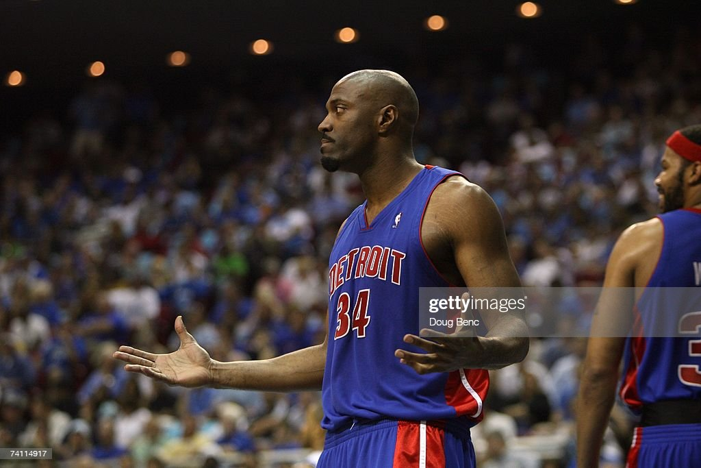 Dale Davis #34 of the Detroit Pistons reacts in Game Four of the Eastern Conference Quarterfinals during the 2007 NBA Playoffs against the Orlando Magic at Amway Arena on April 28, 2007 in Orlando, Florida. The Pistons won 97-93 and won the series 4-0.