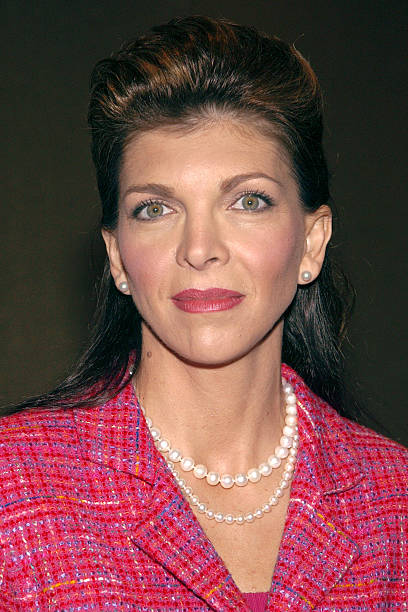 teresa earnhardt s leadership style 3: the dale earnhardt story is a 2004 television movie produced by espn depicting the life of nascar driver dale earnhardtit chronicles his life from his humble upbringing in kannapolis, north carolina, throughout his career racing automobiles to include his rise to dominance in nascar, culminating with his death in the final lap of the 2001 daytona 500.