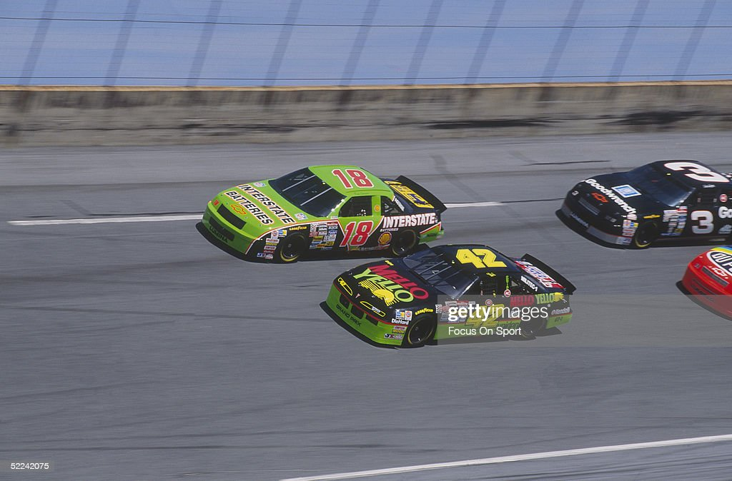 dale jarrett drives his interstate batteries car down a turn against news photo getty images. Black Bedroom Furniture Sets. Home Design Ideas