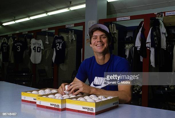 Dale Murphy of the Atlanta Braves signing autographs in the locker room before a MLB game in 1985 in Atlanta Georgia Photo by Ronald C Modra/Getty...