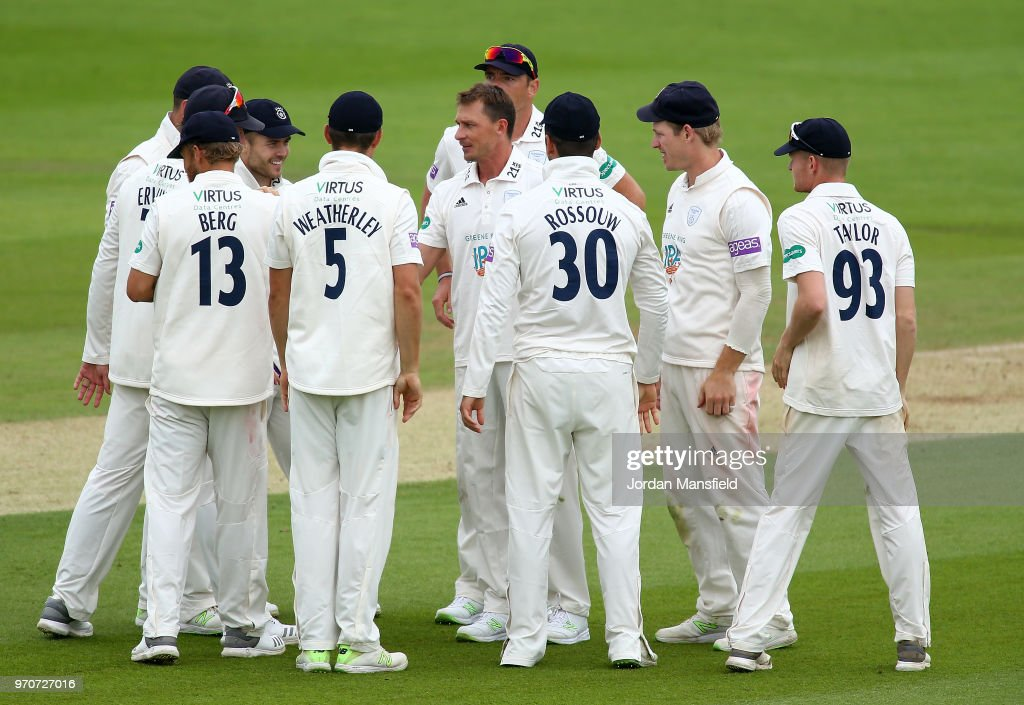 Dale Steyn of Hampshire celebrates with his teammates after dismissing Sam Curran of Surrey during the Specsavers County Championship Division One match between Hampshire and Surrey at Ageas Bowl on June 10, 2018 in Southampton, England.