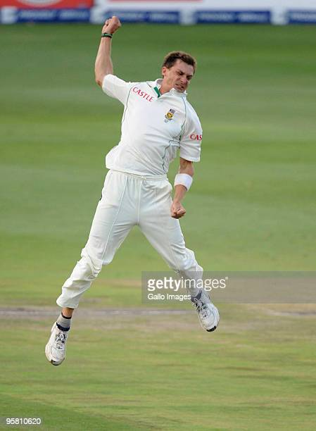 Dale Steyn of South Africa celebrates the wicket of Jonathan Trott of England during day 3 of the 4th Test match between South Africa and England at...