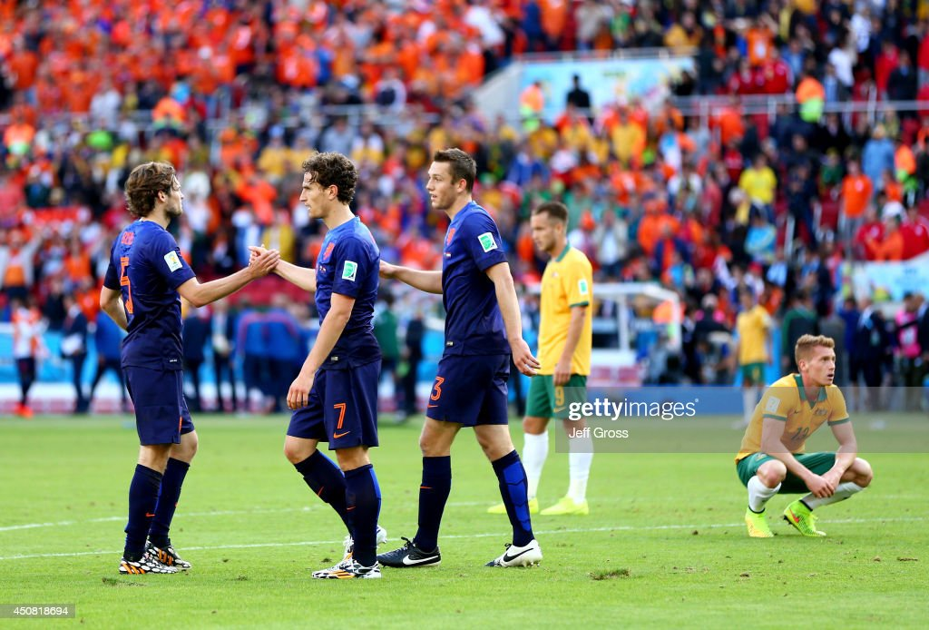 Australia v Netherlands: Group B - 2014 FIFA World Cup Brazil