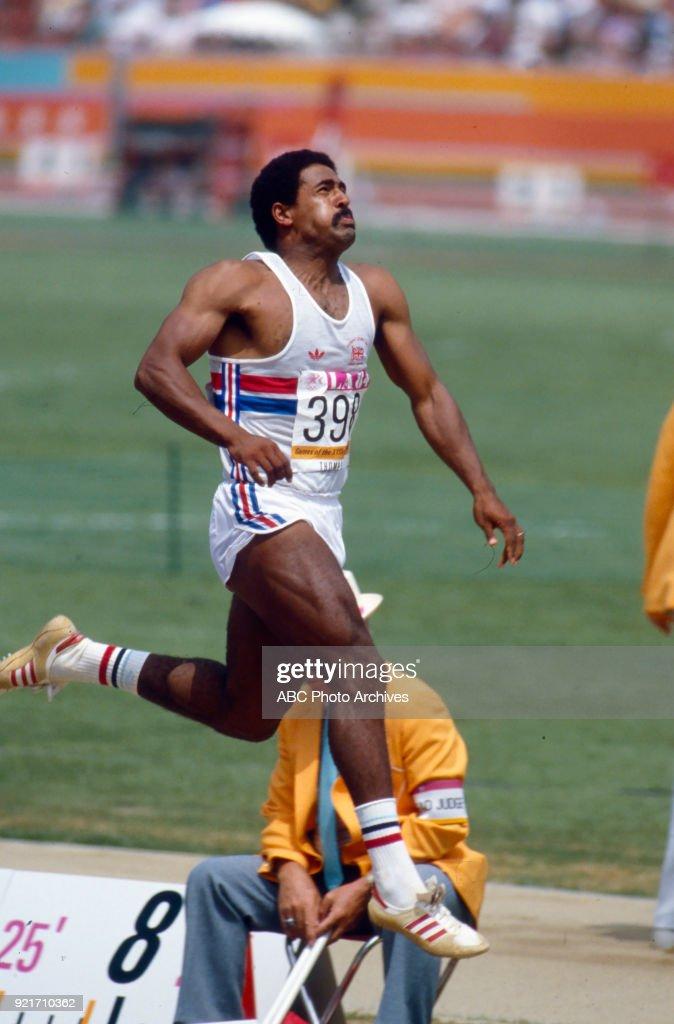Men's Decathlon Long Jump Competition At The 1984 Summer Olympics : Foto di attualità