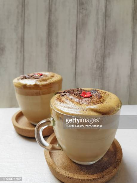 dalgona coffee - dalgona stock pictures, royalty-free photos & images