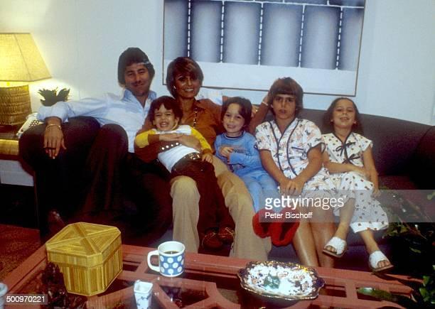 Daliah LaviGans Ehemann Chuck Gans mit den Kindern Alexander Steven Rouven Kathy Homestory Miami/Florida/USA Nordamerika Familie CW Foto Peter...