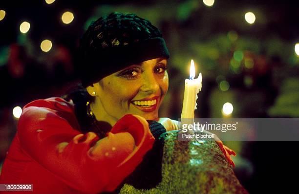 Daliah LaviGans FernsehShow Sardinien/Italien brennende Kerze