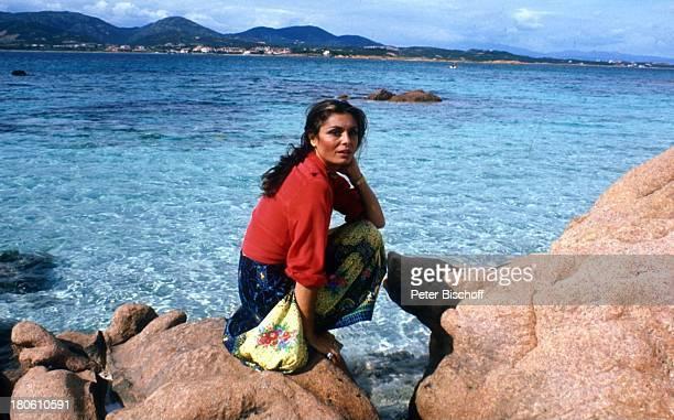 Daliah LaviGans FernsehShow Sardinien/Italien Meer Klippen