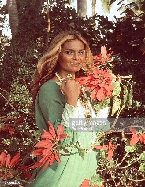 Daliah Lavi-Gans, Porträt , geb.: 12. Oktober 1942, Sternzeichen: Waage, Miami, Florida, USA, Nord-Amerika, Blumen, Blume, Sängerin, Schauspielerin,...