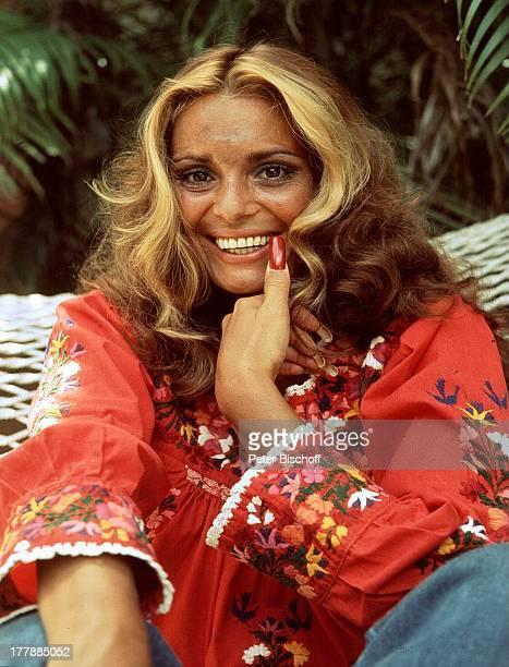 12 Oktober 1942 Sternzeichen Waage Miami Florida USA NordAmerika Sängerin Schauspielerin MW/SI