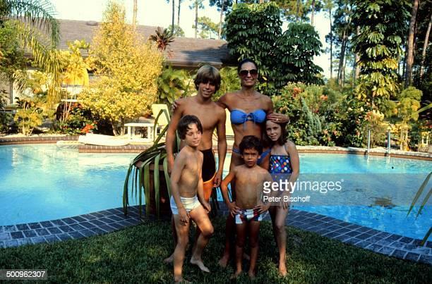 Daliah LaviGans Tochter Kathy Söhne Alexander Steven Rouven Miami/Florida/Amerika/USA Familie Homestory SwimmingPool Bikini Badeanzug Promi Foto...