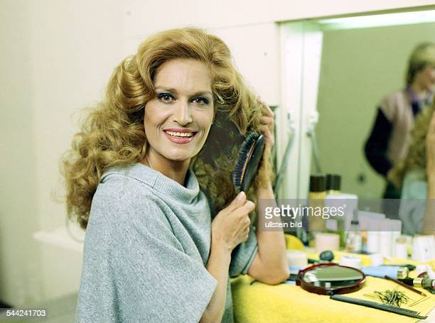 Dalida, Sängerin, Frankreich - Oktober 1983