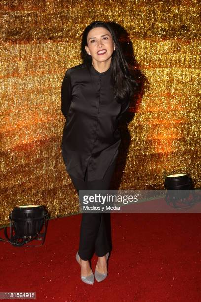 Dalilah Polanco poses for photos during ''Chicago' Red Carpet at Teatro Telcel October 16 2019 in Mexico City Mexico