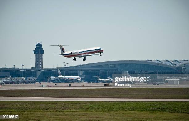 A Dallas based American Airlines jet takesoff at DallasFort Worth International Airport in Dallas Texas US Thursday Nov 2009 Delta Air Lines Inc AMR...
