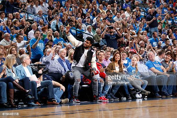 Dallas Cowboy Ezekiel Elliott attends the Houston Rockets game against the Dallas Mavericks on October 28 2016 at the American Airlines Center in...