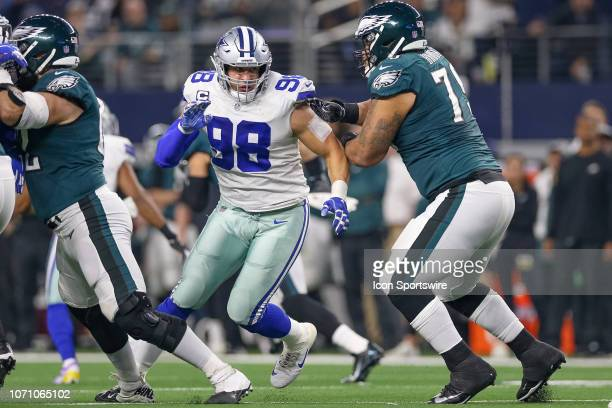 Dallas Cowboys Defensive End Tyrone Crawford fights his way through the offensive line during the game between the Philadelphia Eagles and Dallas...
