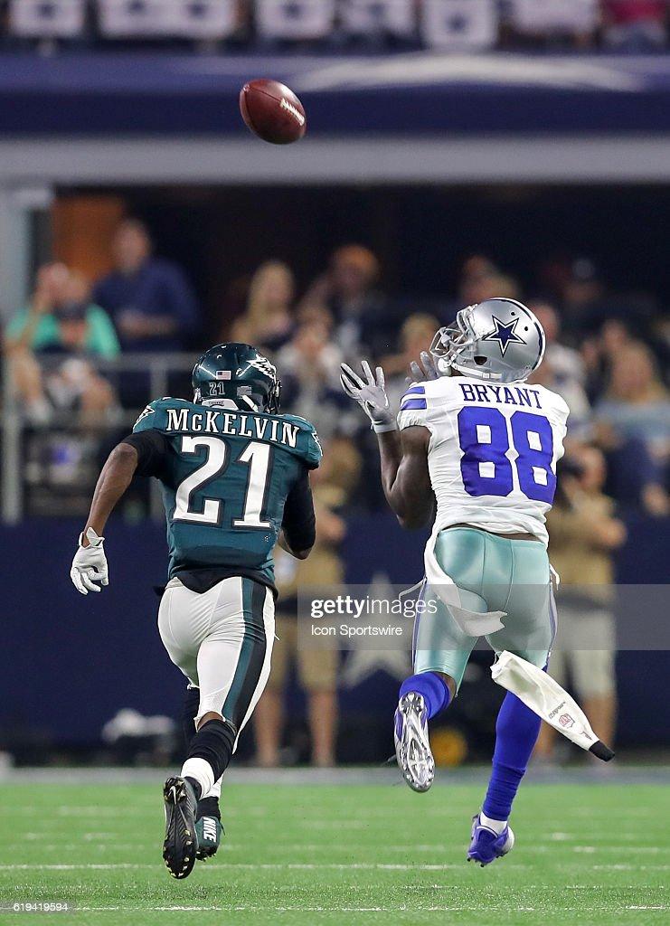 Dallas Cowboys Dez Bryant Reaches Out For A Pass Against