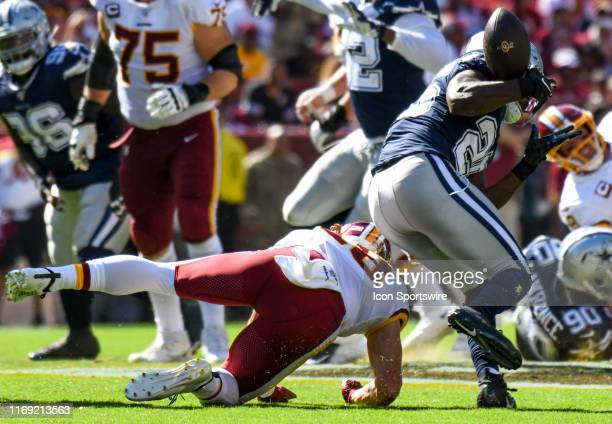 Dallas Cowboys free safety Xavier Woods nearly intercepts a pass against the Washington Redskins on September 15 at FedEx Field in Landover, MD.